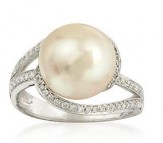 Cultured Pearl and Diamond Ring in White Gold