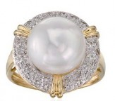 10.5-11mm Pearl and .10 ct. t.w. Diamond Ring in 14kt Yellow Gold