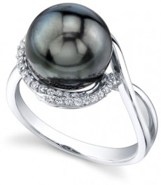 Tahitian- Black Pearl-and-Diamond-Sea Breeze-Ring-